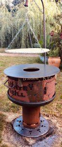 Massiver Countrygrill 60 x 70 cm mit Schwenkarm oder Feuerplatte