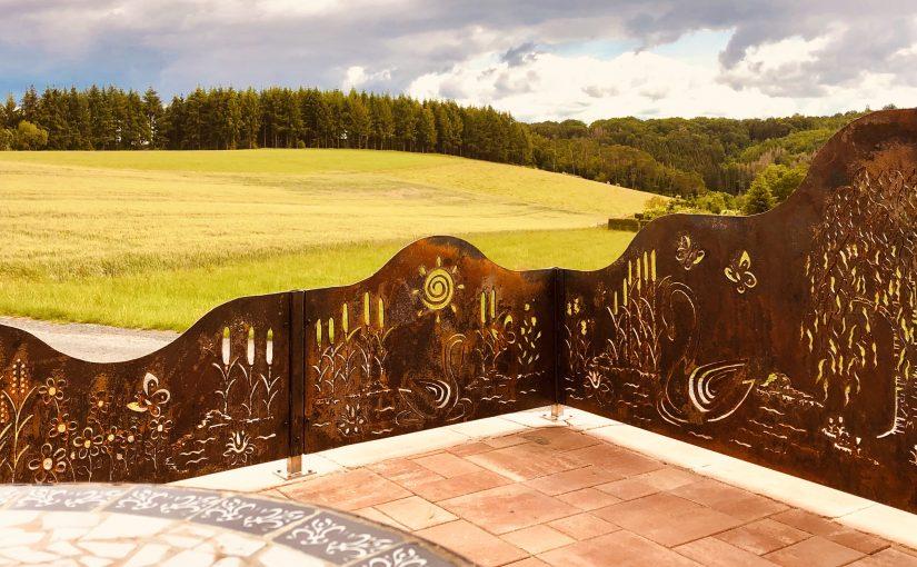 Sichtschutz/ Windschutz/ Stellwand für Ihre Terrasse