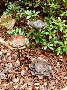 "Gartenfackel ""Seerose"" (D 22 cm; H 10 cm; Stab 60 cm)"