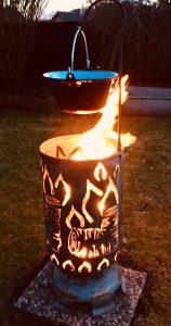 """Feuertonne """"Flammen mit Glühweinpot"""""""