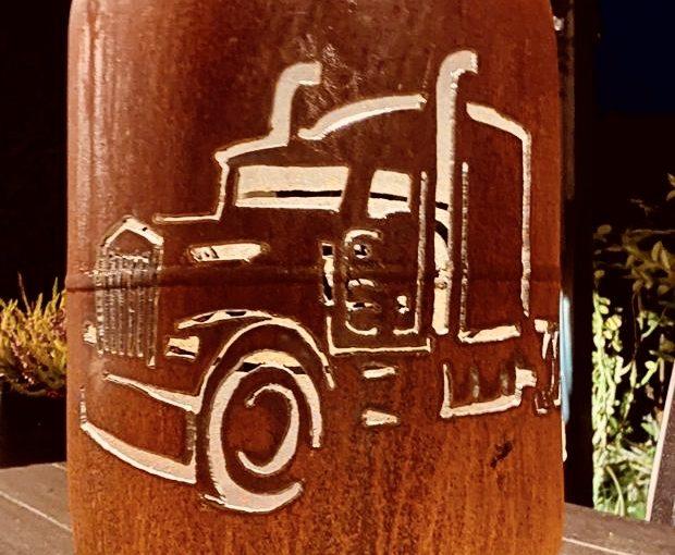 "Feuertonne/Dekoflasche ""Trucks – Asphalt Cowboys"""